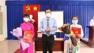 Huyện ủy Gò Dầu trao quyết định điều động cán bộ