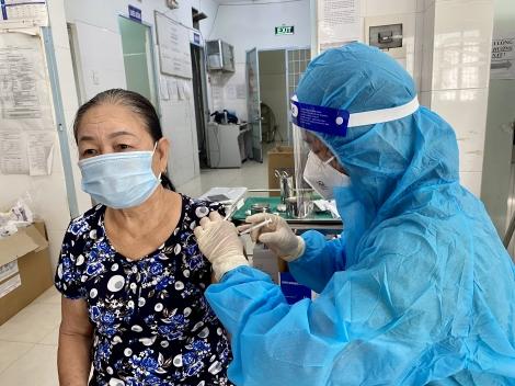 Châu Thành: Khẩn trương tiêm vaccine phòng Covid-19 cho người dân