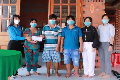 Công đoàn Khu kinh tế tỉnh: Hỗ trợ gia đình đoàn viên tử vong do SARS-CoV-2