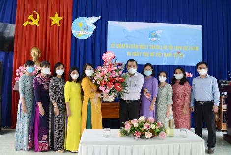 Phó Bí thư Thường trực Tỉnh uỷ: Thăm, chúc mừng Hội LHPN tỉnh nhân ngày phụ nữ Việt Nam 20.10