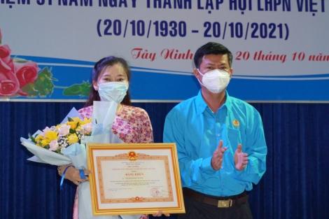 Nguyễn Thị Quỳnh Giao- Nữ cán bộ Công đoàn cơ sở tiêu biểu trong học tập và làm theo Bác