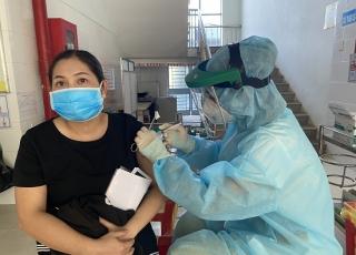 Châu Thành: Tổng số đã tiêm mũi 2 đạt 24,89% so với tổng số dân trên 18 tuổi