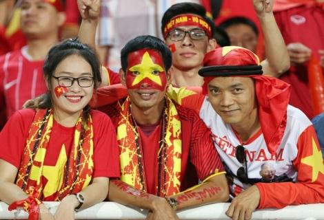 Vé xem tuyển Việt Nam cao nhất là 1,2 triệu đồng; Trọng Hoàng có thể nghỉ trận gặp Nhật Bản