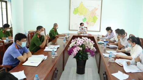 Ban Pháp chế Hội đồng nhân dân huyện Gò Dầu giám sát việc chấp hành pháp luật trong công tác tạm giữ, tạm giam