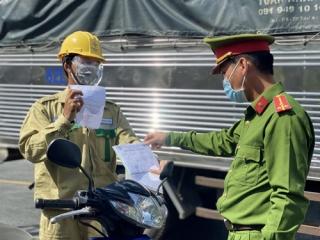 Bộ trưởng Bộ Y tế: Cảnh báo nguy cơ bùng phát dịch Covid-19