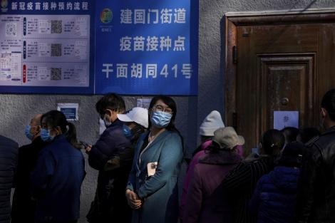 Trung Quốc thừa nhận lây nhiễm COVID-19 sẽ 'còn tệ hơn' trong những ngày tới