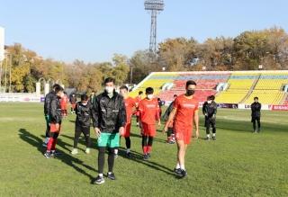 Vì sao U23 Việt Nam bị cấm tập trên sân thi đấu chính thức?